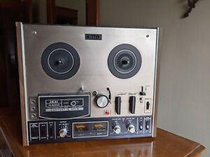 AKAI 4400 Reel to Reel Tap Recorder