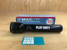 UNDEFEATED UNDFTD X MAGLIGHT PLAY DIRTY LOGO 2CELL D FLASHLIGHT BLACK BRAND NEW