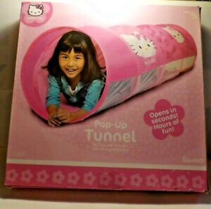New Sanrio Hello Kitty 5' Pop Up Play Tunnel Indoor Outdoor Crawling Tube Pink