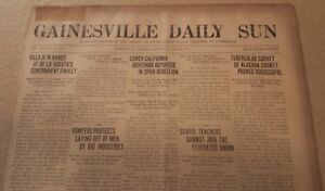1920 Newspaper PANCHO VILLA surrenders - 1 Page Vintage - Mexican Revolutionary