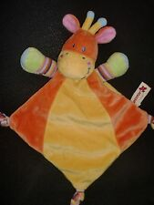 doudou plat girafe orange jaune vert rose forme triangle NICOTOY