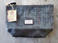 The British Bag Company Harris Tweed Washbag #2 - New