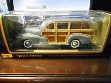 Maisto - 1948 Chevrolet Fleetmaster (Woody)(Gray) (1:18)