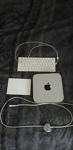 Apple Mac Mini Late 2014 1TB Intel i5 8GB Wireless Keyboard and Trackpad