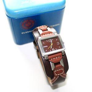 Fossil Uhr Damen mit Metall Box Lederarmband Damenuhr Sehr gut erhalten