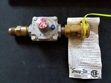 0621 168 RV47L MAXITROL 1/2 PSIG GAS REGULATOR With Fittings