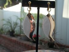 Gorgeous Goldtone Wavy Teardrop & Sparkly Cream Dangling Clip On Earrings