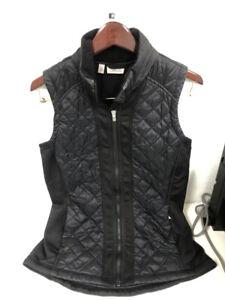 ATHLETA Rock Springs Puffer Vest Black Size Medium