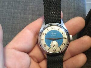 belle Ancienne montre vintage HERMA (cal.Cupillard 233) Fonctionne Non Réviser