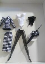 LOWER PRICE THE WALKING SUIT SILKSTONE FASHION MODEL BARBIE DOLL OUTFIT