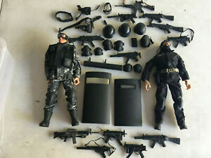 GI Joe Vintage Lot of  2 swat officers soliders Weapons for 12 inch figures (BB)