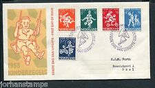 FDC E36 - E 36, Kinderzegels 1958, met getypt adres en open klep ;
