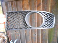 Vw Polo 6N2 Front Grill,Passenger side. Nearside Grill with Spotlight hole 99-01
