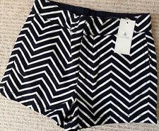 NEW Gap Kids Navy Blue White Chevron Zig Zag Smart Tailored Shorts - 5 Years