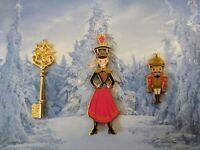 DISNEY STORE LIMITED EDITION NUTCRACKER AND THE FOUR REALMS PIN SET LE OF 2600