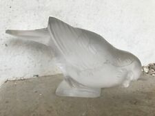moineau oiseau en verre moulé signé R LALIQUE VERS 1930 signature a l acide