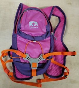 NWOT NATHAN Intensity Hydration Pack Womens w/ 2L Hydration Bladder Very Berry