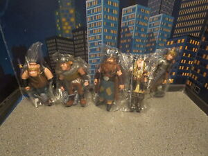 HOW TO TRAIN YOUR DRAGON ACTION FIGURE LOT WITH WEPONS