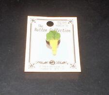 """Carrot"" Vegetable Mill Hill Needlework Needle Minder / Magnet"