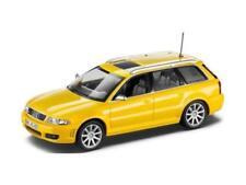 Voitures, camions et fourgons miniatures MINICHAMPS RS4 pour Audi