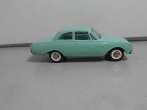 TEKNO OF DENMARK  FORD TAUNUS 17M  826 light green   vintage classic car 1/43