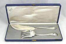 Boulenger modèle Godrons, couvert de service poisson, 2 pièces, excellent état.