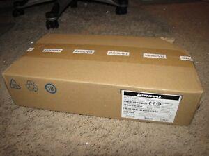 NEW *LENOVO* ThinkPad Pro Dock 90W 40A10090US