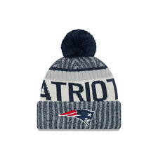New Era NFL Bobble New England Patriots Blue 2017 Sport Knit Sideline Beanie Hat
