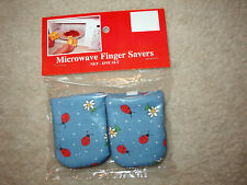 Red Ladybugs Cotton-Microwave Oven Mitts-Hot Pads-Pot Holder-Pattys Mitts