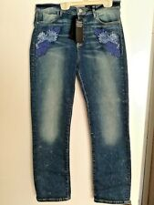 LADIES GUESS HIGH WAIST PENCIL ANKLE ITALIAN MODEL JEANS EMB FLOWERS 31 NWT FAB!