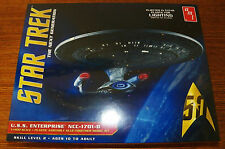 AMT 955 STAR TREK U.S.S. Enterprise NCC-1701-D (Clear Edition) 1/1400