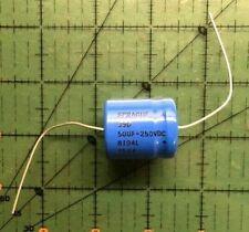 Lot of 10 293D335X0035B2TE3 Vishay Capacitor 3.3uF 20/% 35V B Case 3528-21 NOS