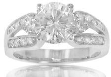 1.90 ct TW Round Diamond Engagement Ring in 14 kt Split Shank Mount in Platinum