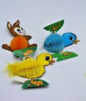 Set of 3 Die Cut Easter Bunny Rabbit Beistle Honeycomb Paper Stand-Up Decoration