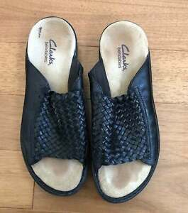 Clarks Bendables Womens Sandals Size 6.5 Leather Basket Weave Shoes