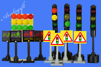 LEGO traffic lights x4 signs 4 pedestrian crossing signs  road street city