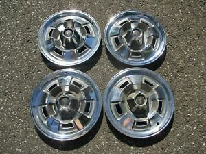 Genuine 1967 Plymouth Barracuda Valiant 14 inch deluxe hubcaps wheel covers