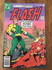 The Flash #253 Dc Comics 1977 The Fastest Man Alive vs The Molder