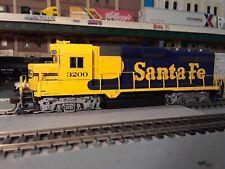 Ho Scale LifeLike/Proto 2000 Locomotive. (Santa Fe) Gp30 Diesel. Non-Powered.