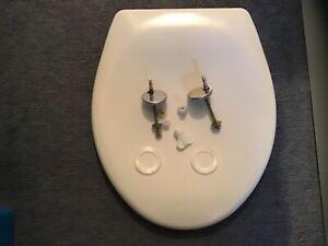 Soft close white toilet seat Argos