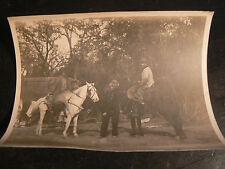ancienne photo 1913 retour de chasse cow boys usa etats unis  trappeur