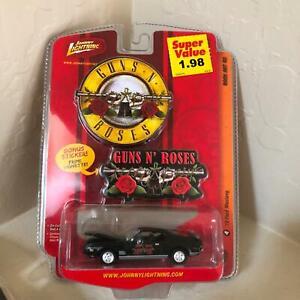 Johnny Lightning Guns N Roses '73 Ford Mustang Rock Art R2 Bonus Sticker B13
