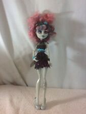 Cool MONSTER HIGH Wolf/Kitty Ghoul Doll Gray Skin Pink Green Hair Silver Shoes