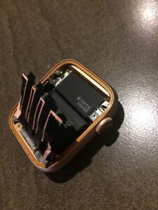 Apple Watch Series 5 44 mm Gold AL case  GPS & Cellular for parts only