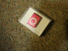 Apple iPod Shuffle 2nd Generation w/Accessories 1 & 2 GB versions