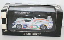 Voitures miniatures de tourisme sous boîte fermée pour Audi 1:43