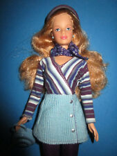 B483-dunkelblonde Avon chic barbie mattel 1999 completamente sin usar y como nuevo