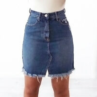 WAKEE BLUE MINI DENIM SKIRT WITH FRONT SEAM DETAIL AND FRAYED HEM. SIZE 6-16.