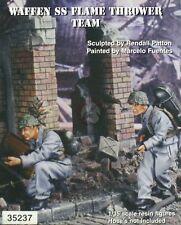Warriors 1/35 German Waffen-SS Flammenwerfer 41 Flamethrower Team WWII 35237