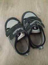 Chaussures scraches enfant bebe Noir -T22 Bon etat